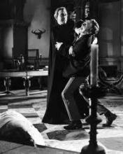 Дракула и жертва