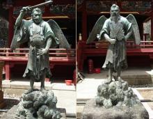 Статуи тэнгу в Японии