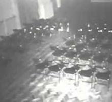 Привидения двигают стулья в театре